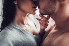 What is Kissing Disease? Its Sign & Symptom, diagnosis and Treatment?